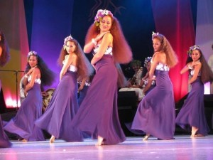 Live in Purple HuraTapairu performance oritahiti Mehura dancer performingarts theatre